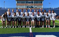 Lacrosse (W) Team Photo
